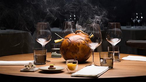 Chefs Table Netflix Serie Szene Tisch