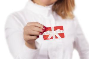Offrez à quelqu'un une belle recharge de crédit  emballée en cadeau sur Recharge.fr